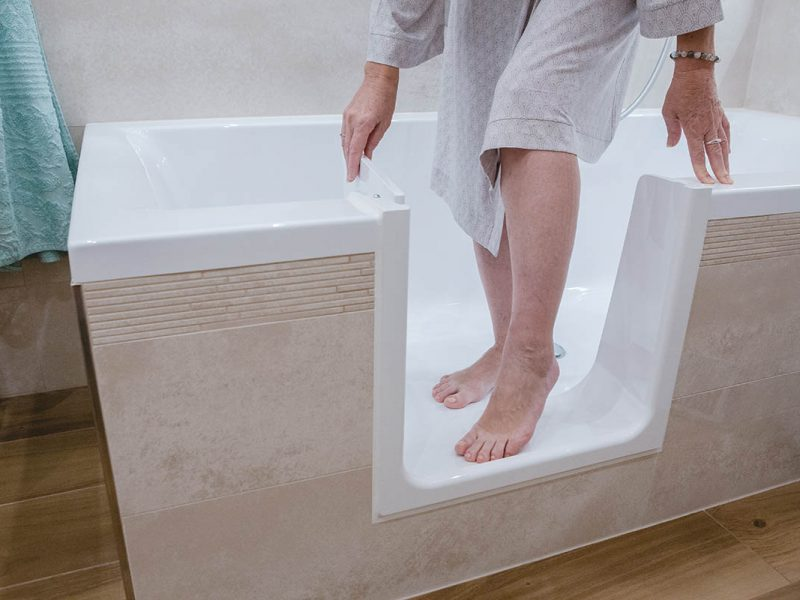 Bathtub door